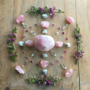 Rose quartz grid